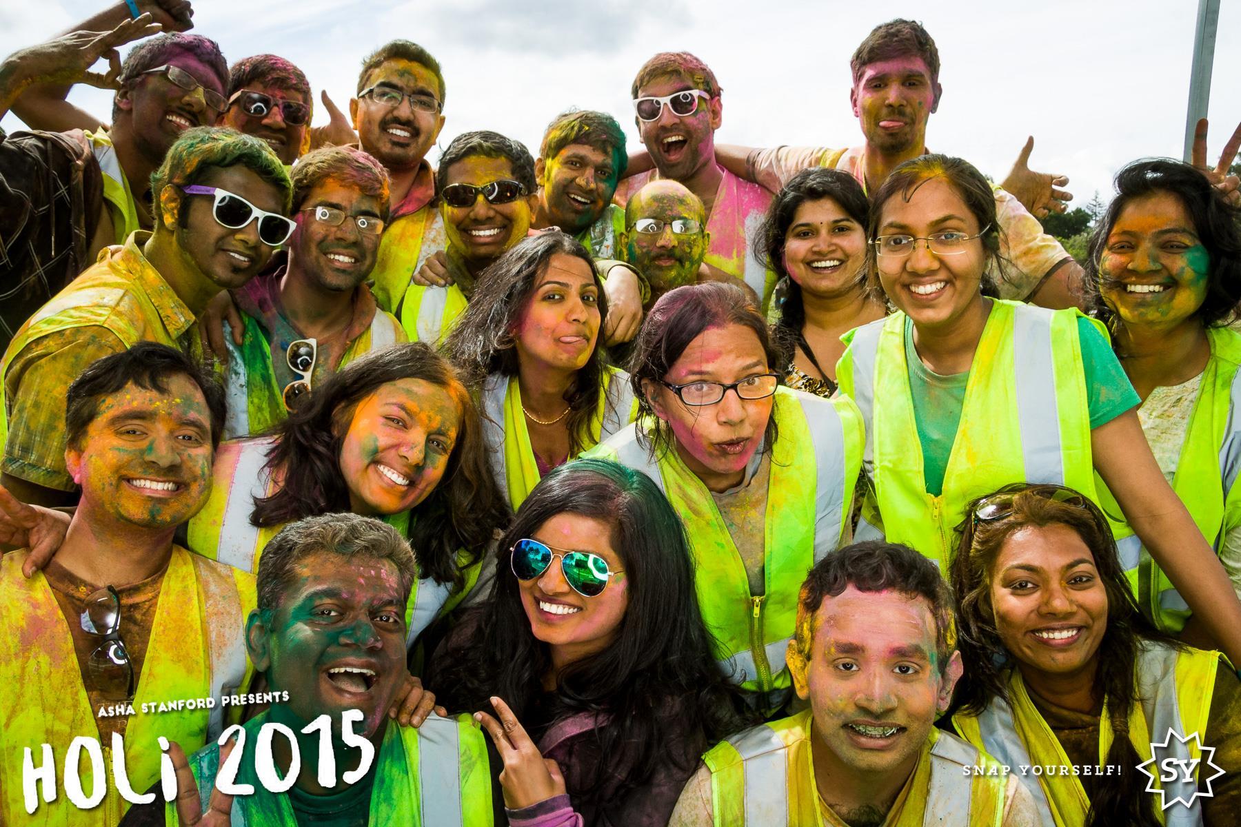 Asha Holi 2015 Pic
